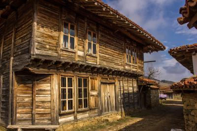 images of Bulgaria - Zheravna Archeological Reserve