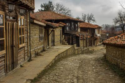 pictures of Bulgaria - Zheravna Archeological Reserve