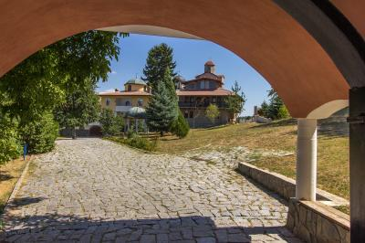 pictures of Bulgaria - Resilovo Monastery