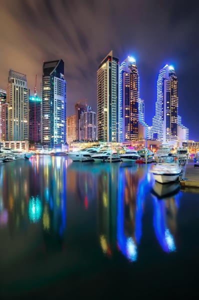 photo spots in Dubai - Marina Walk Westside