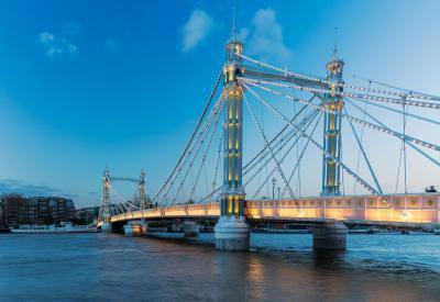 images of London - Albert Bridge