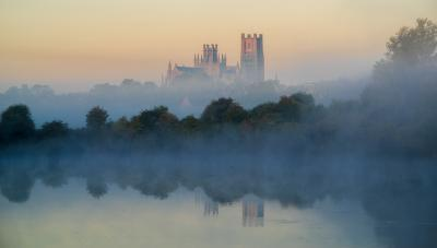 photo locations in England - Ely Cathedral from Roswell Pits