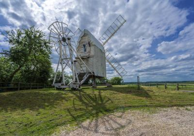 England instagram spots - Great Chishill Windmill