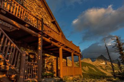 Montana photography locations - Granite Park Chalet