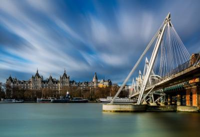 photos of London - Golden Jubilee Bridges