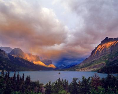 pictures of Glacier National Park - Wild Goose Island