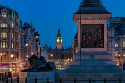 pictures of London - Trafalgar Square