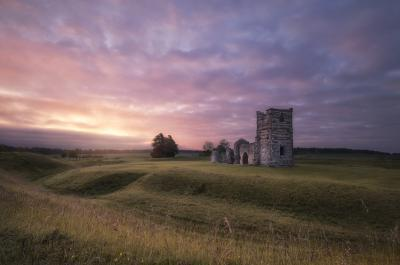 England photography locations - Knowlton Church & Earthworks