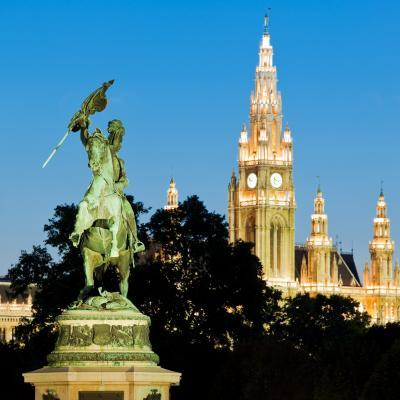 photo locations in Austria - Archduke Karl Statue & City Hall