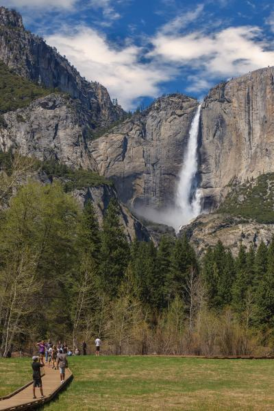 California photo spots - Yosemite Falls View and Sentinel Boardwalk