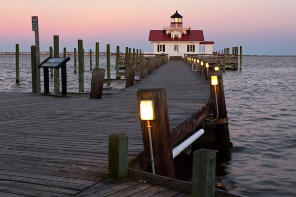 Manteo and the Roanoke Marshes Lighthouse