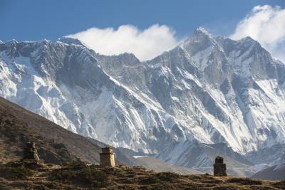 Nepal photo locations - Chortens above Pangboche