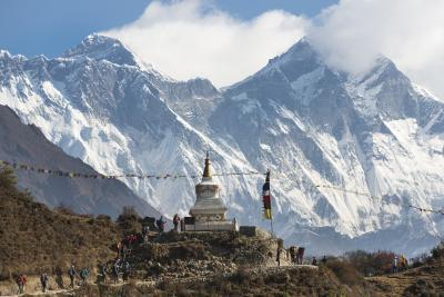 Chorten and Everest