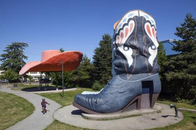 photos of Seattle - Oxbow Park ( Hat 'n' Boots )