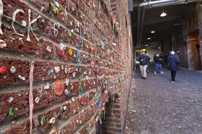 pictures of Seattle - The Gum Wall