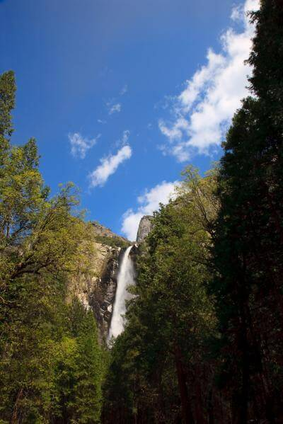 California photography locations - The Bridalveil Fall Trail