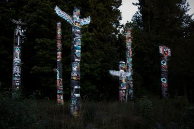 Vancouver photo guide - Totem Poles at Stanley Park
