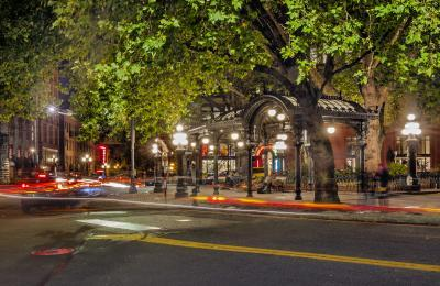 images of Seattle - Pioneer Square