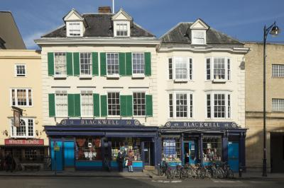 Oxfordshire photography locations - Blackwell's Bookshop