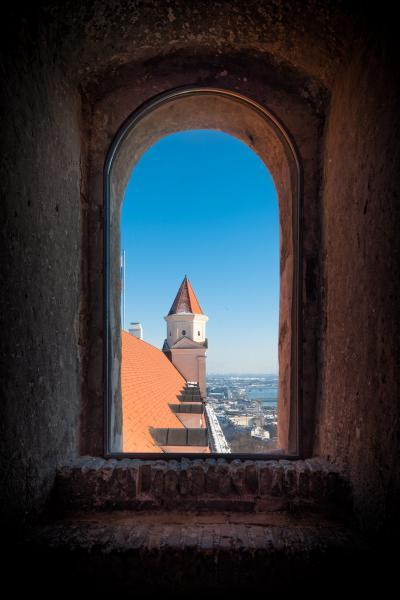 photography locations in Slovakia - Bratislava Castle - Crown Tower