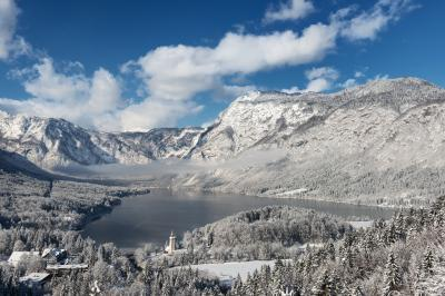 pictures of Lakes Bled & Bohinj - Peč viewpoint